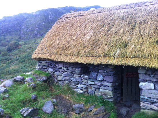 Gleninchaquin: Famine Cottage