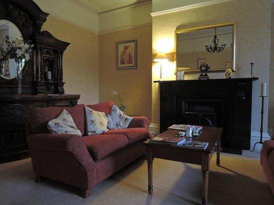 Carlton House: Main lobby