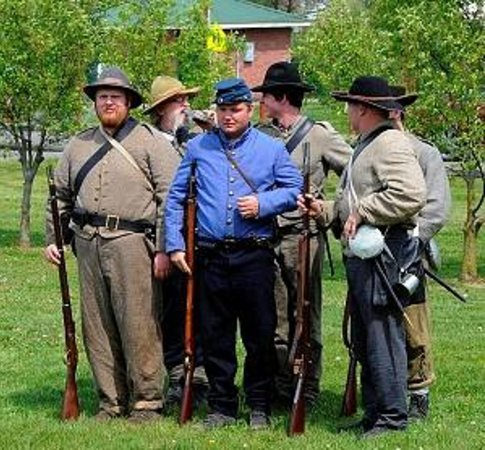The Heritage Museum: 10th Virginia Infantry Living Historians