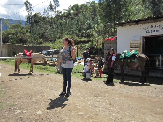 Gocta Andes Lodge: horse rental in town