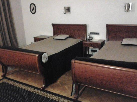 Hotel Pod Roza : Spacious Beds