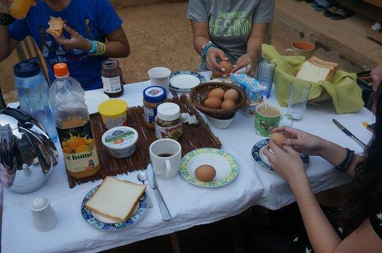 Namhyundang Guesthouse: Breakfast
