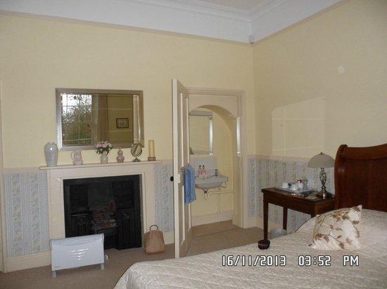Sloley Hall: Bedroom