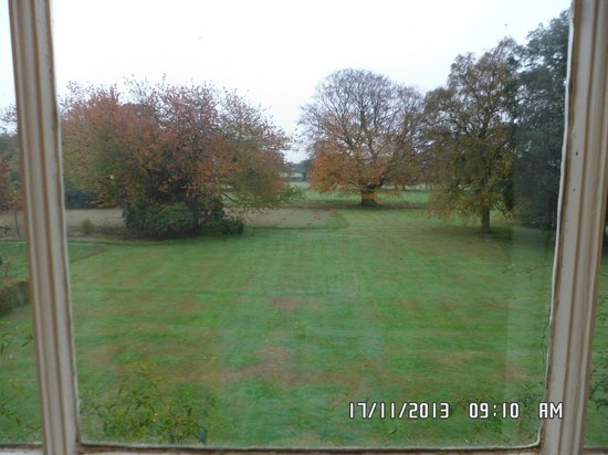 Sloley Hall: Grounds