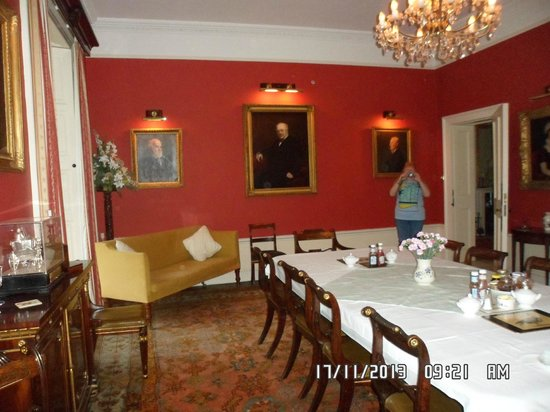 Sloley Hall: Dining room