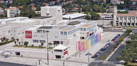 Museu Coleção Berardo: Vista exterior / Street view.
