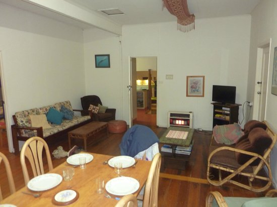 Coin jeux - Picture of Surfside Backpackers, Apollo Bay - TripAdvisor