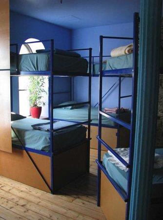 Alternative Hostel of Old Montreal: Dortoir Bleu / Blue dorm