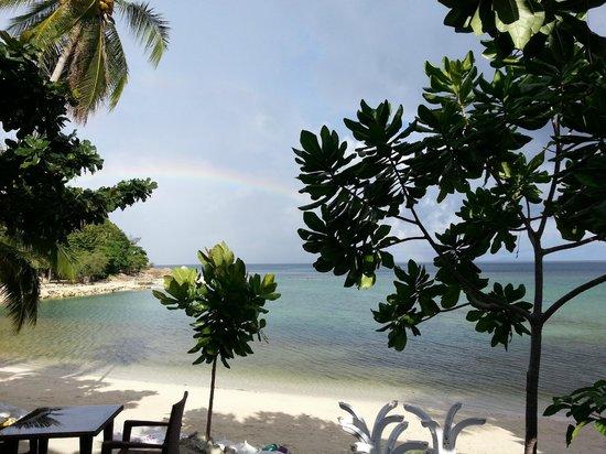 Salad Buri Resort & Spa: Vistas al mar,foto tomada desde las tumbonas de la piscina
