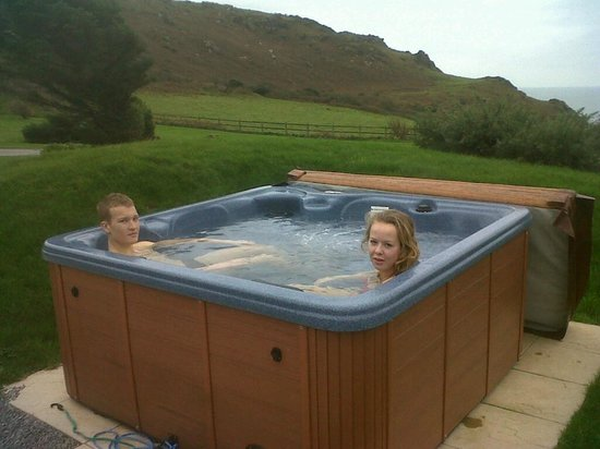 Soar Mill Cove Hotel: Our private hot tub