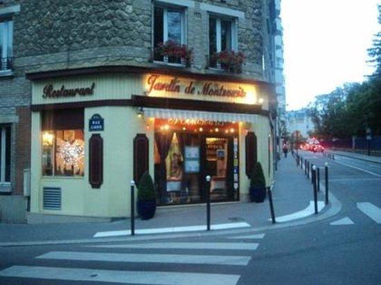 Restaurant le jardin de montsouris dans paris avec cuisine for Restaurant avec jardin a paris