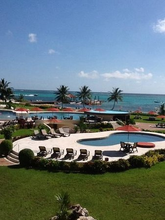 Grand Caribe Belize Resort and Condominiums: view from condo F6