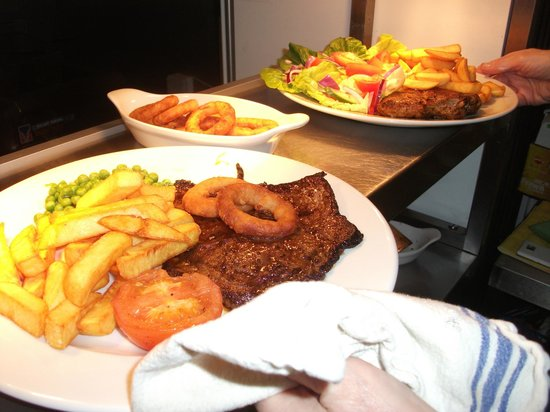 Bay Horse: All our Grill's Served Hot 'n' Fresh.