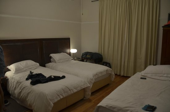 Redbourne Hilldrop Guesthouse : Spacious Room