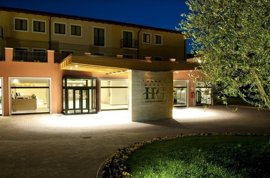 Hotel Parchi del Garda: Ingresso