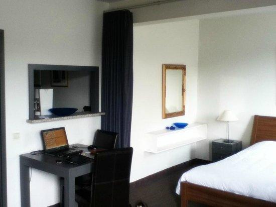 Aparthotel Wellington : Free WiFi
