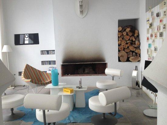 Dar Bibine : salotto comune per gli ospiti