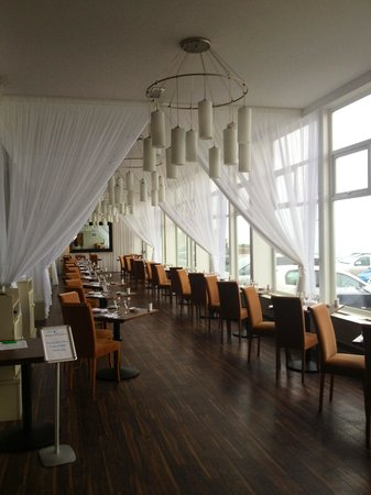 Fistral Beach Hotel and Spa: Beautiful dining room
