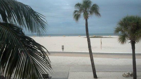 Thunderbird Beach Resort: I love Treasure Island Beach