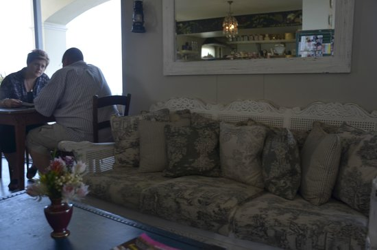 Just Pure Bistro: Nice Sofa for seating