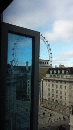 Park Plaza Westminster Bridge London: view