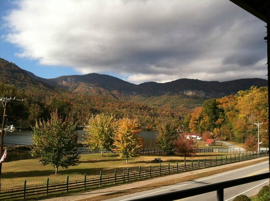 La Strada at Lake Lure: Beautiful Fall View