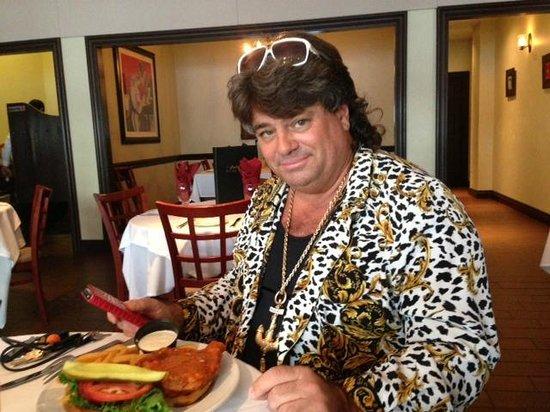 Callaro's Steak House: FANTASTIC BUFFALO CHICKEN SANDWICH ANYWHERE!!!