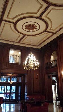 The Read House Historic Inn And Suites: Main Lobby
