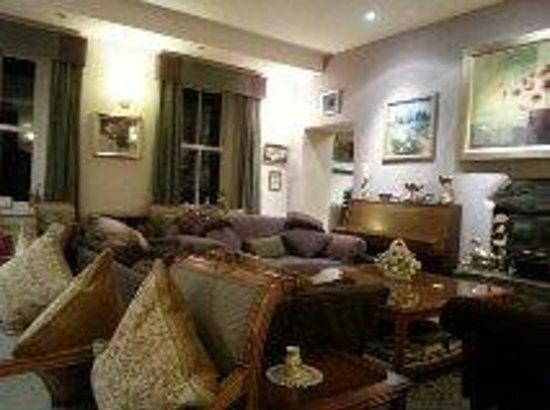 Port Charlotte Hotel: Lounge