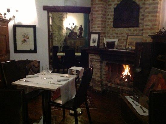 Rosselli 77, Ristorante & Antiquariato : sala ristorante
