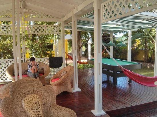 Hostal Casa Amarilla : The garden terrace