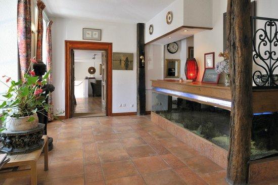 hotel le saint amant prices reviews le palais france. Black Bedroom Furniture Sets. Home Design Ideas