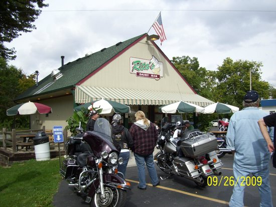 Rita's Dairy Bar : Great Motorcycle destination meeting place
