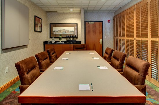 Wingate by Wyndham Fort Lauderdale Miramar: our beautiful boardroom