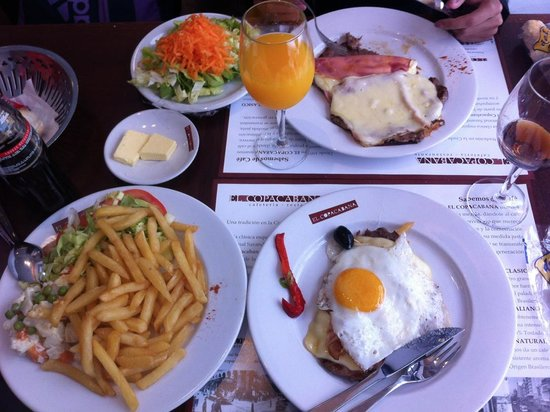 Cafe Copacabana: Lots of food!