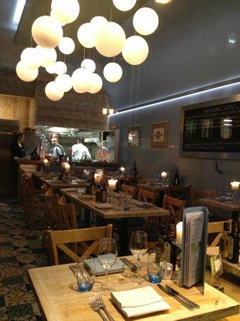 Tanroagan Seafood Restaurant: new light and sound centre