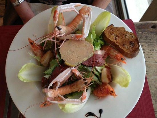 La Brasserie de la Plage : Mer et Terre Salade