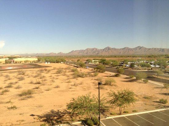 Hampton Inn & Suites Scottsdale/Riverwalk : view from room