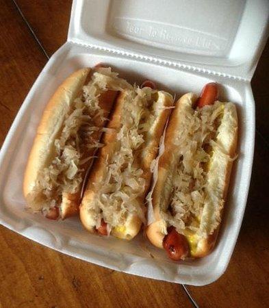 Hazel's Hot Dogs: Kraut dogs