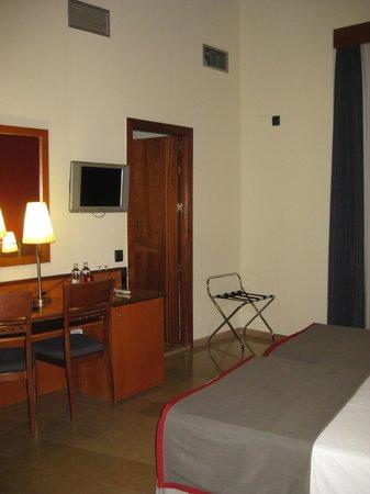 H10 Raco Del Pi : Superior balcony room