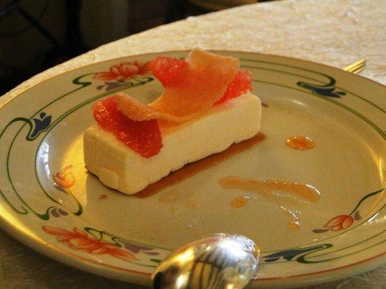 La Licorne : Dessert pamplemouuse