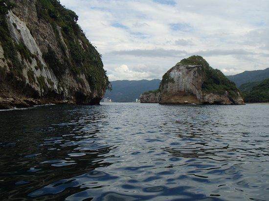 Los Arcos: vue en bateau