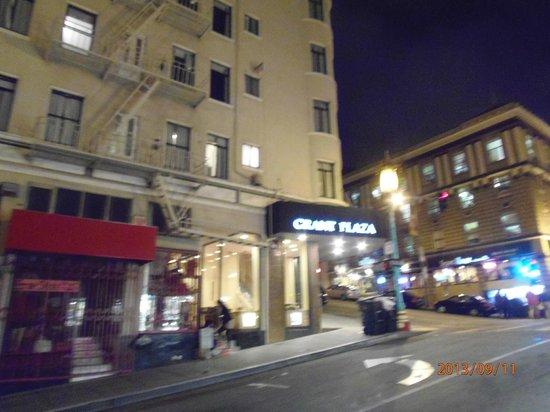 Grant Plaza Hotel: Entrada hotel