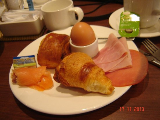 NH Koln City : Breakfast, first course.
