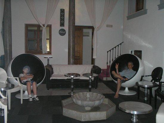 Marquis Portago : Lobby del hotel