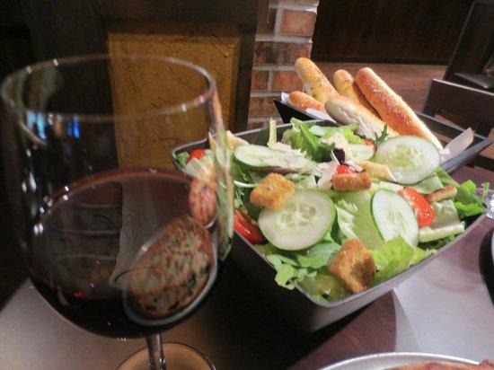 Caffe Tuscany: Salad