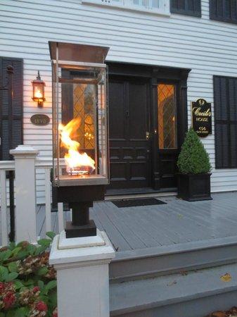 Cecile's House : Unique gas lamp