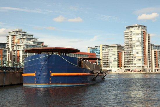 """WakeUp Docklands: The """"Oiler"""" floating bar, next door to the wakeboarding area"""