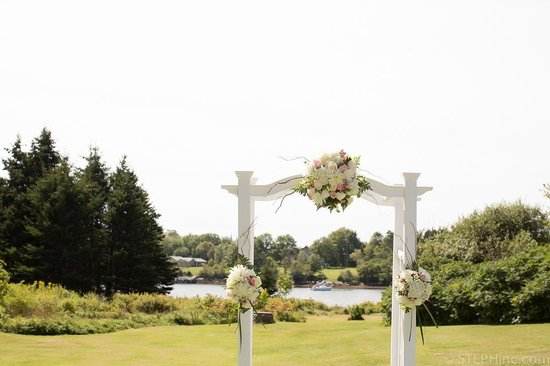 By the Bay Bed and Breakfast: A wedding trellis at By the Bay