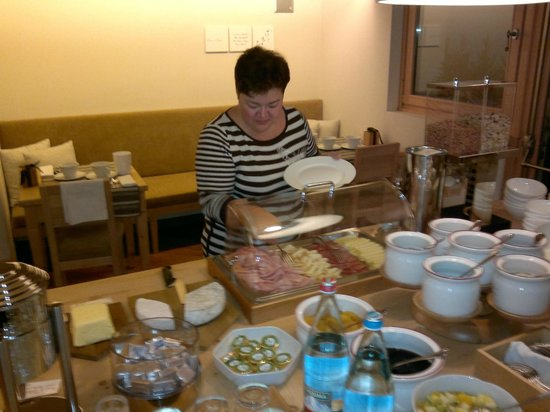Hotel La Genzianella: На завтраке